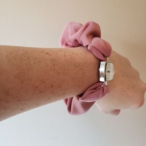 Geneva Accessories - Scrunchie Watch